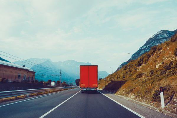 Los transportistas manchegos piden el pago de las ayudas de la administración